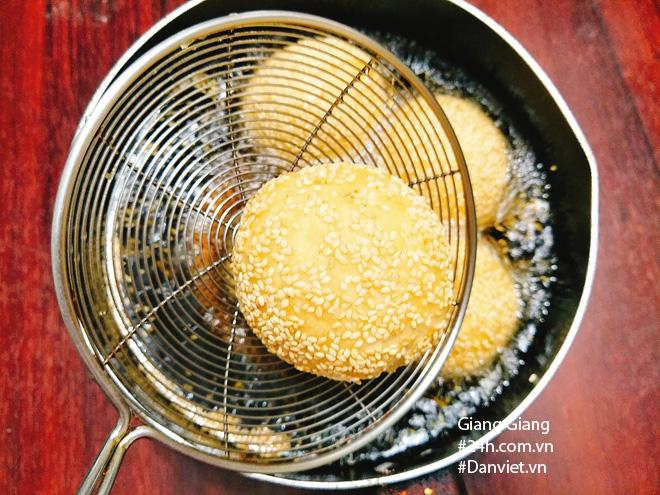 Cách làm bánh rán lúc lắc ngon giòn rụm