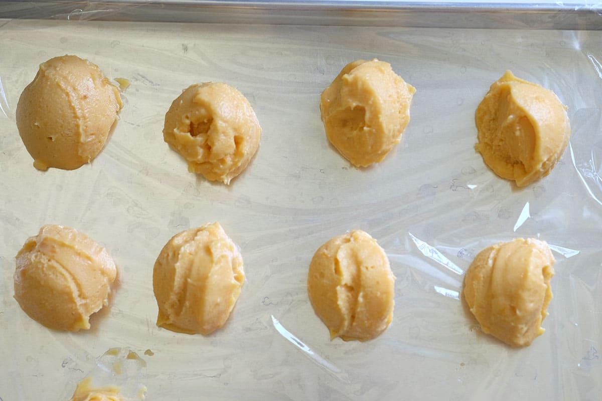 cách làm bánh bao kim trứng muối