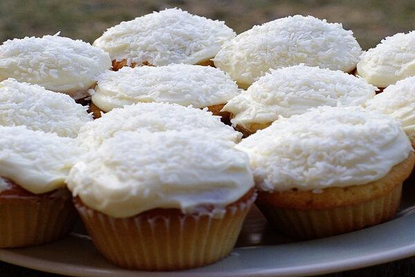 Cách làm bánh cupcake chuối dừa ngon