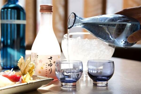 cách làm món cocktail rượu sake