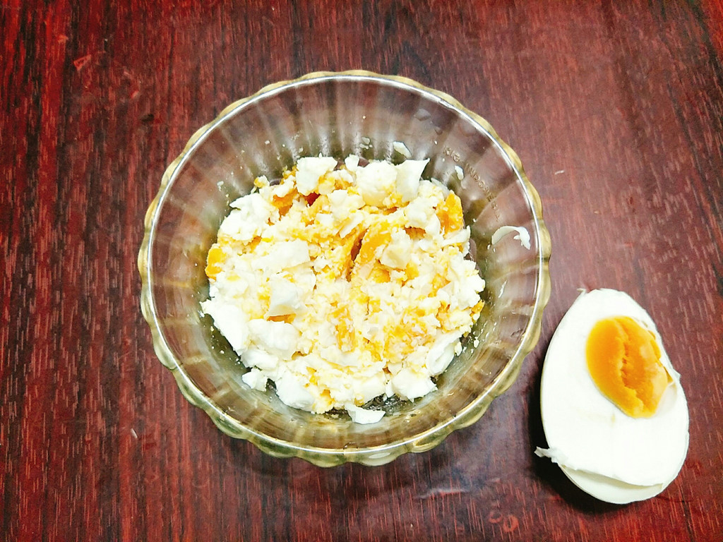 Cách làm món trứng muối xào mướp đắng