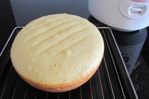 cách làm bánh bông lan sữa chua ngon