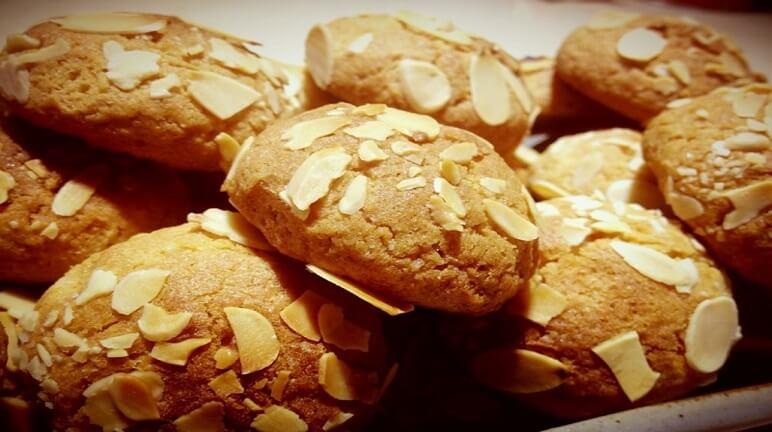 Cách làm bánh quy hạnh nhân giòn siêu ngon