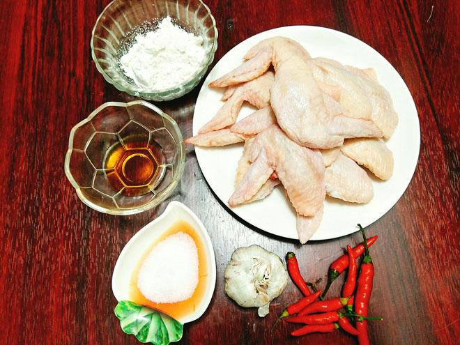 Cách làm cánh gà chiên nước mắm ngon