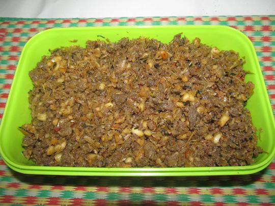 Cách làm thịt muối sả thơm ngon dễ làm