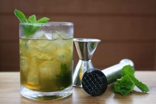 cách làm món cocktail bạc hà ngon