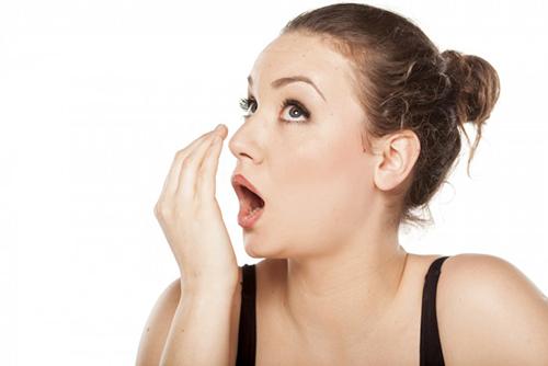 Mẹo giúp trắng răng thơm miệng tự nhiên
