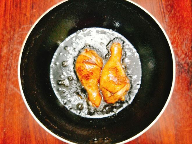 cách làm đùi gà bó xôi ngon hấp dẫn